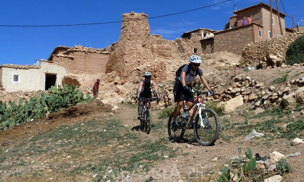 Biking from Essaouira to Atlas